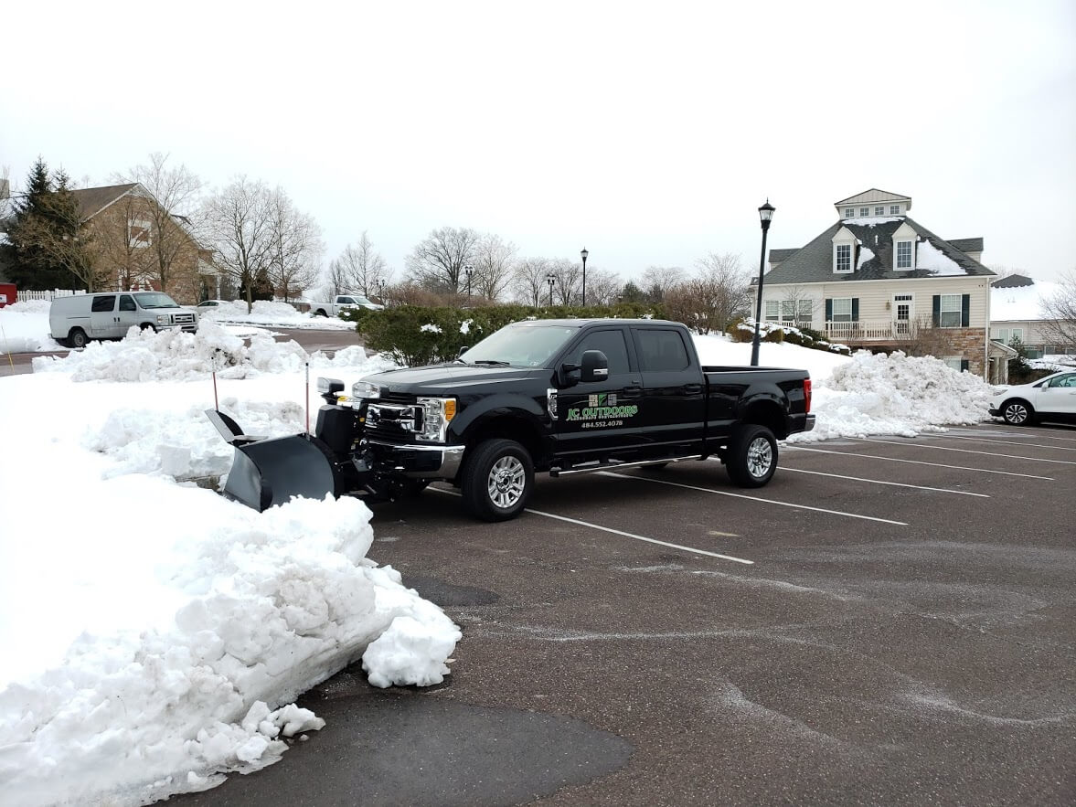 snow-removal-plowing-service